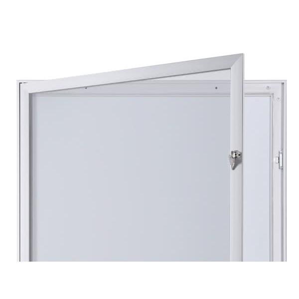 Schaukasten FLAT BT23 Indoor Outdoor Detail Offen 3
