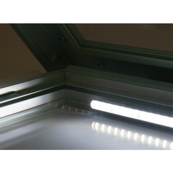 schaukasten premium led bt46 outdoor detail beleuchtung 1 2